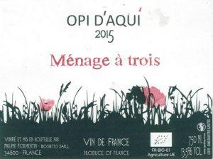 Opi-daqui-Menage-a-Trois-2015