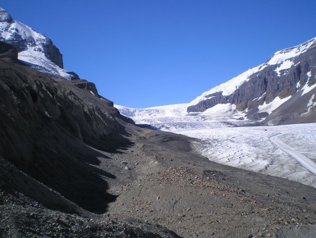 Moraine in front of a retreating glacier